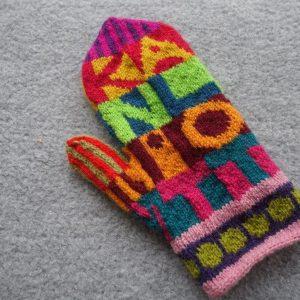 mellandagsvanten stickarvantar knitmittens mariasgarn